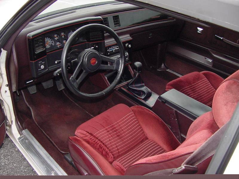 Alfa img showing gt 1987 monte carlo custom interior
